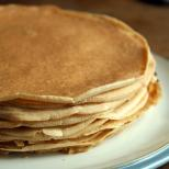 "Often filled with whipped cream and jam and served as ""Cream Pancakes"" in Icelan"