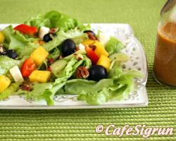 A colourful and tasty salad with a healthy dressing