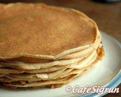 """Often filled with whipped cream and jam and served as """"Cream Pancakes"""" in Icelan"""